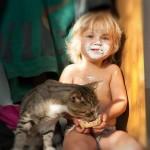 Дети и коты неразлейвода