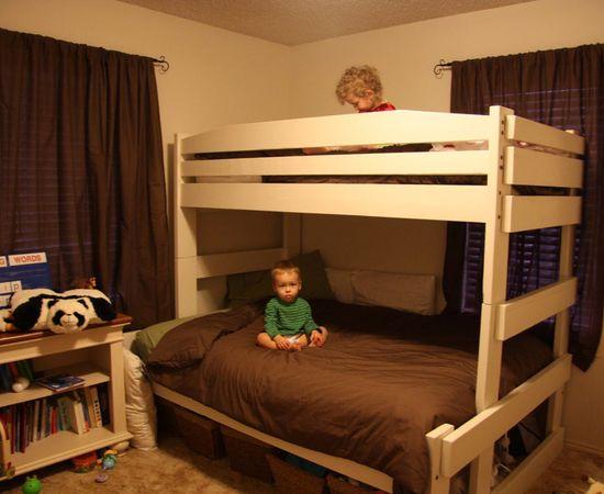 Фото - двухярусная кровать для двоих детей