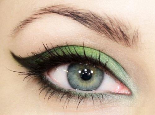 Фото - Светло-зеленый макияж зеленого глаза