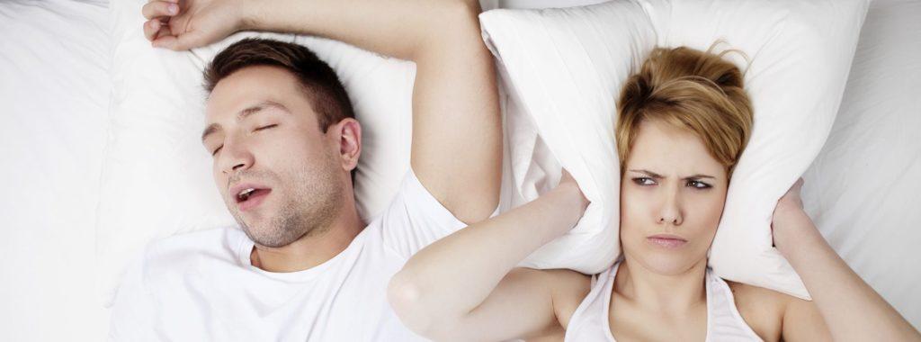Фото - Как избавиться от храпа во сне
