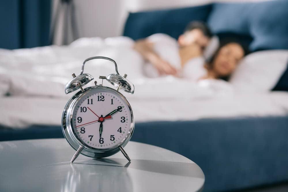 ускорить метаболизм сменой режима сна